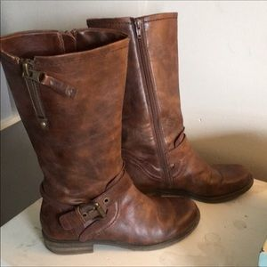 Naturalizer Brown vegan leather boots